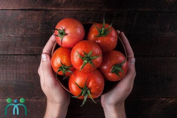 """Cà chua """"thần dược"""" giúp đẹp da cho nam lẫn nữ"""