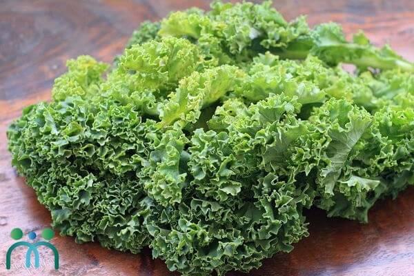 Vitamin K có trong cải xoăn giúp giảm nếp nhăn