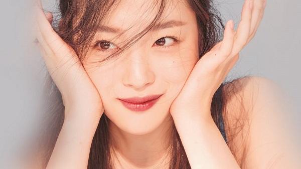Rụng tim với những hình ảnh môi đẹp của các idol K-Pop 10
