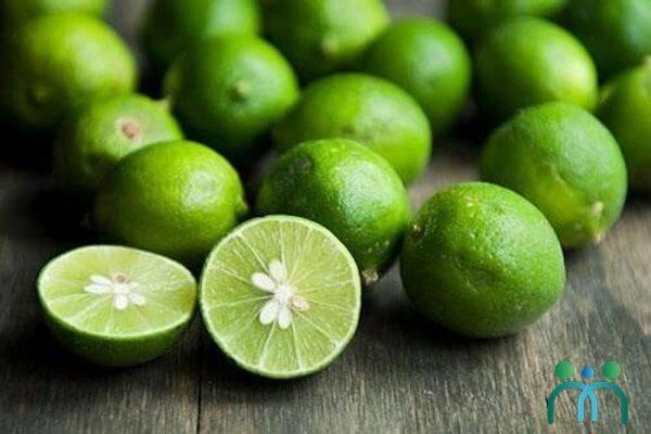 Trong chanh chứa hàm lượng vitamin C cao