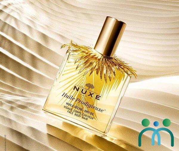 Huile Prodigieuse Nuxe thích hợp để dưỡng cả da mặt, tóc và toàn thân
