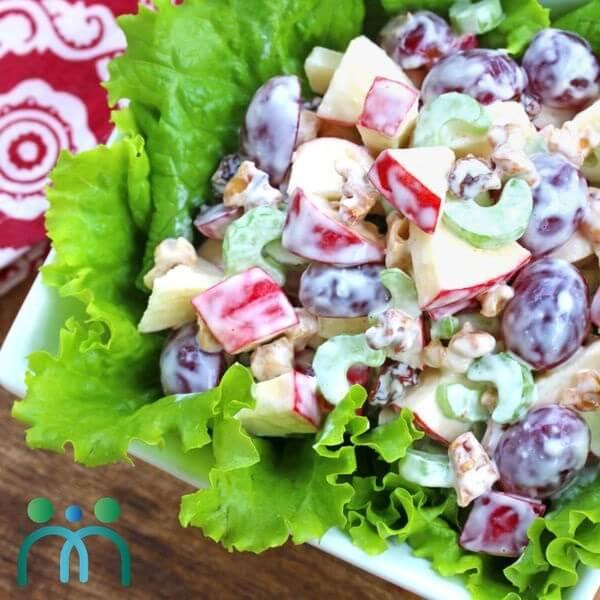 Salad táo trộn mayonnaise