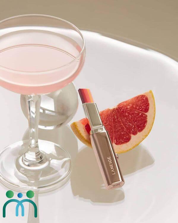 Laneige Layering Lip Bar được làm từ 100% các nguyên liệu từ nhiên nhiên