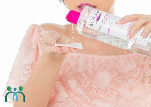 Tẩy trang bằng Byphasse Solution Micellaire