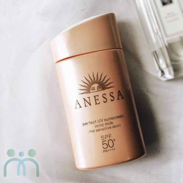 Kem chống nắng cho bà bầu Anessa Essence UV Sunscreen Mild Milk